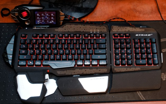 Mad Catz STRIKE 7 fully assembled