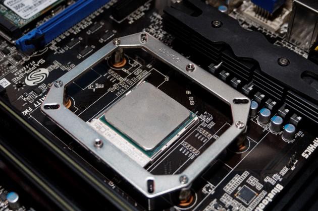 SAPPHIRE VaporX CPU Cooler Mounting bracket